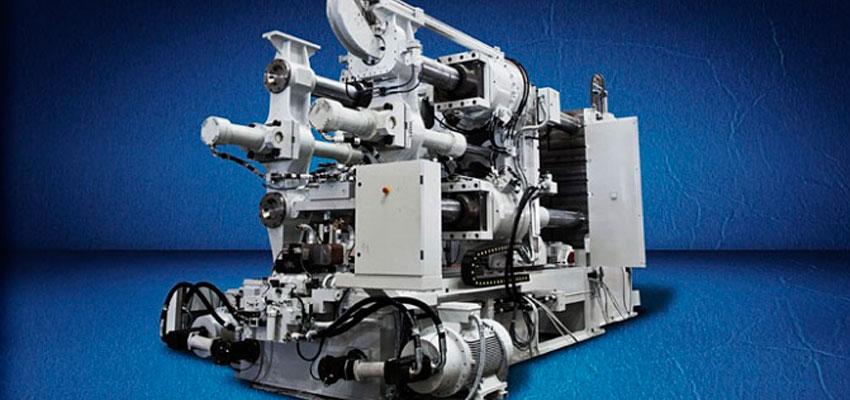 Maquinaria de inyección, sector en el que HRE Hidraulic está presente